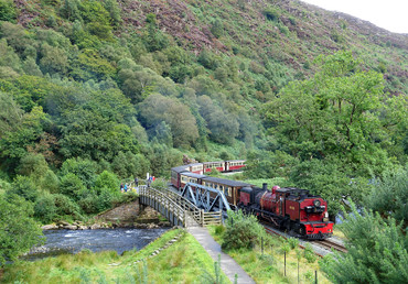 Blog_wales_whr28